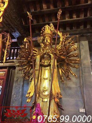 Tượng thiên thủ thiên nhãn bằng gỗ mít sơn son thếp vàng ms11