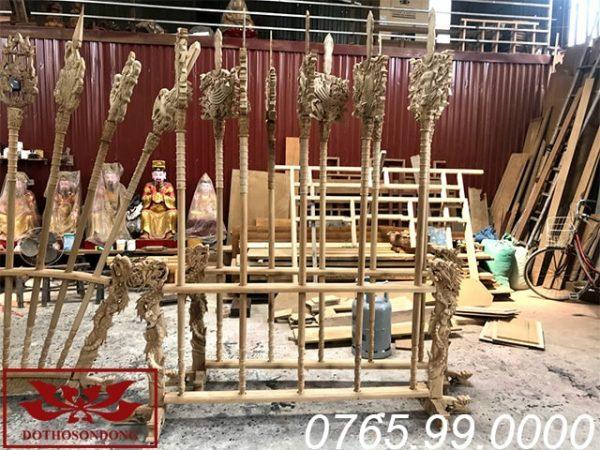 bộ bát bửu gỗ dổi ms04