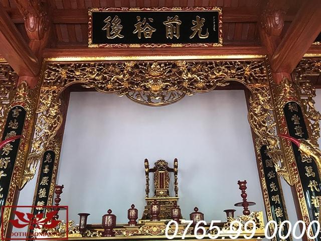 bộ đồ thờ bài trí tại gian thờ chính nhà thờ họ thanh hóa